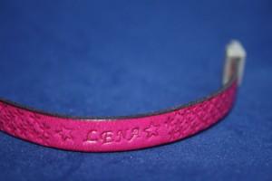 Lederarmband Kind pink mit individuellem Text