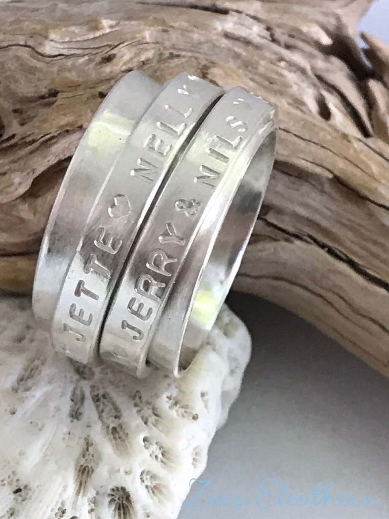 Ring Silber Drehring Text Motiv Struktur individuell zweireihig