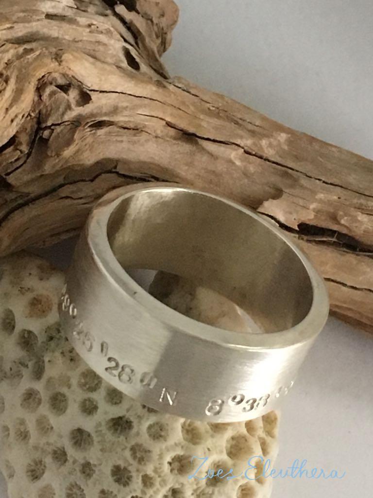 Ring Silber Text Koordinaten Motiv individuell breit massiv