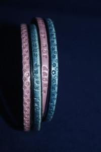 Lederarmband zweifarbig mit individuellem Text