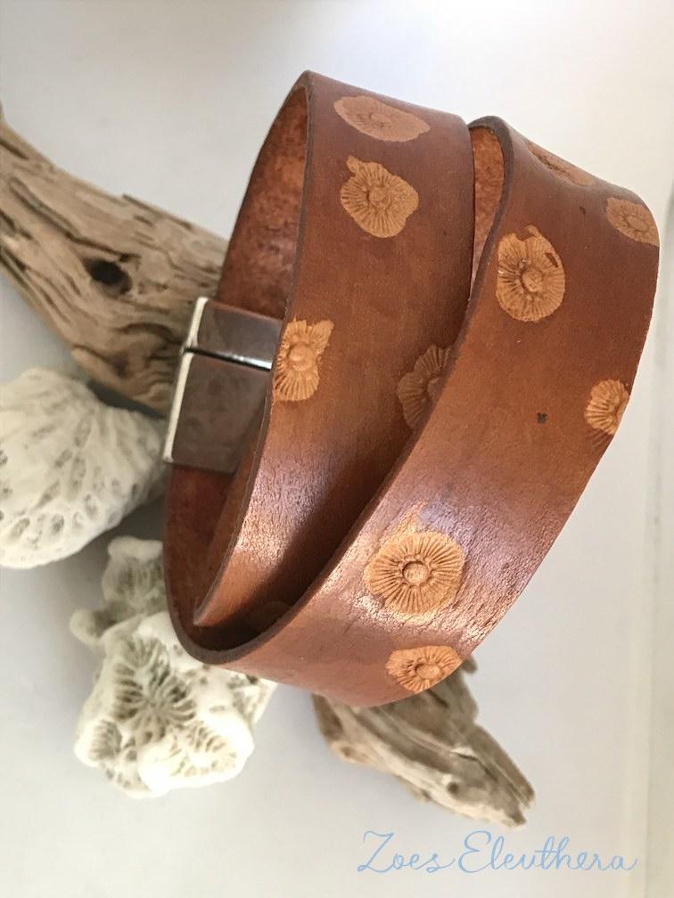 Armband Leder breit Muster Magnetverschluss braun breit 20 mm Motiv