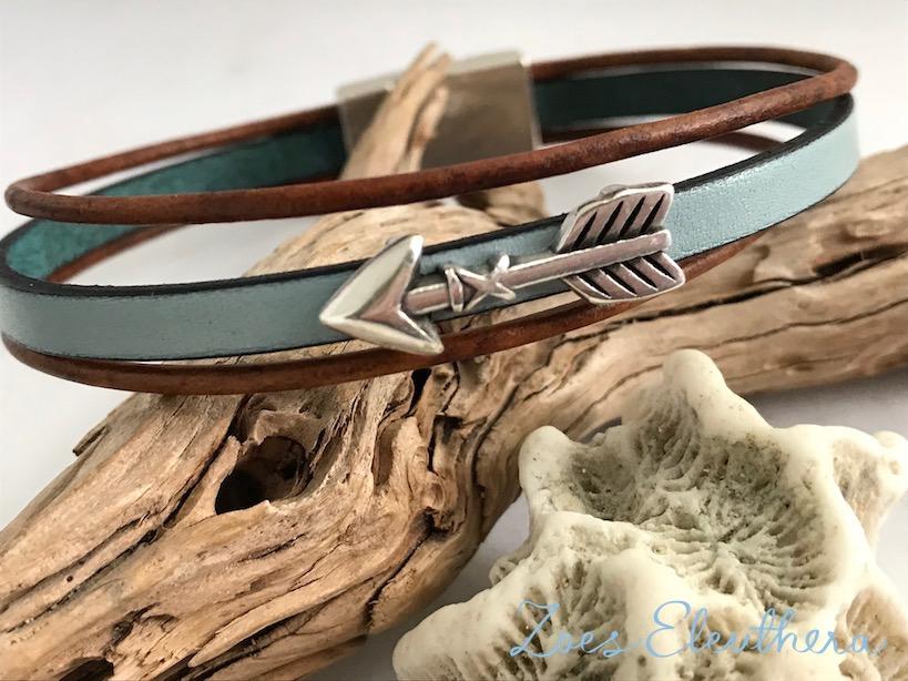 Armband Leder Motiv zart Magnetverschluss zart hellblau braun Pfeil mehrreihig