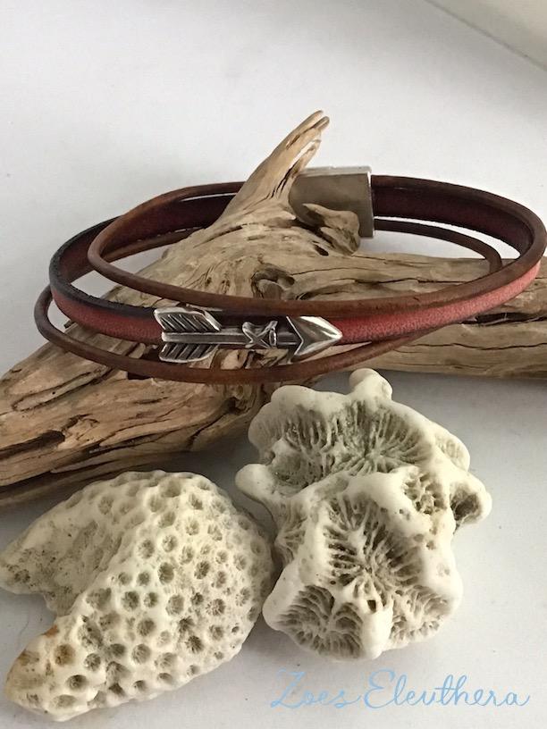 Armband Leder Motiv zart Magnetverschluss zart rot vintage braun Pfeil mehrreihig