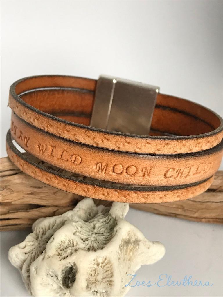 Armband Leder Text Sterne breit braun vintage