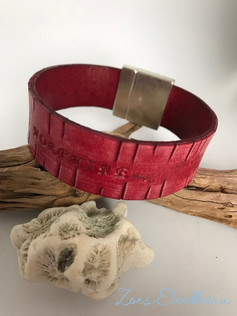 Bracelet leather vintage text red brown wide magnetic clasp