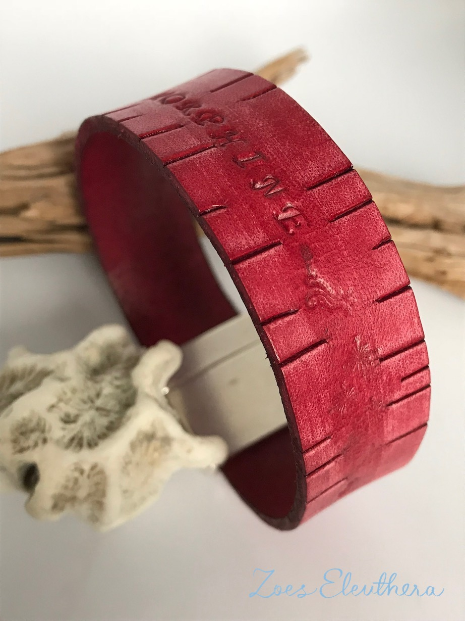 Bracelet leather vintage text red wide magnetic clasp