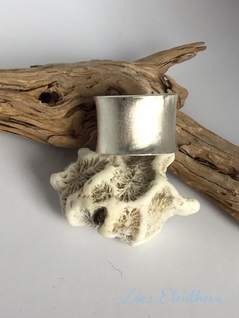 Ring Silber konkav breit matt
