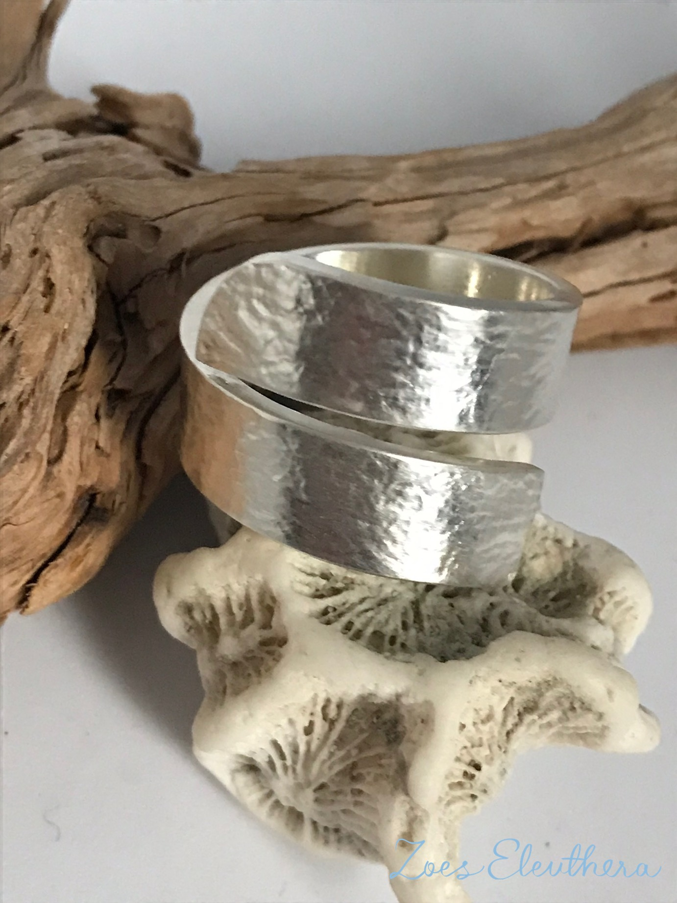 Ring Silver Wave Structure